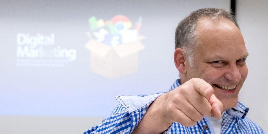 Helge-Fetz-NETZPUNKTE-Online-Marketing-Portrait-Seminar-2